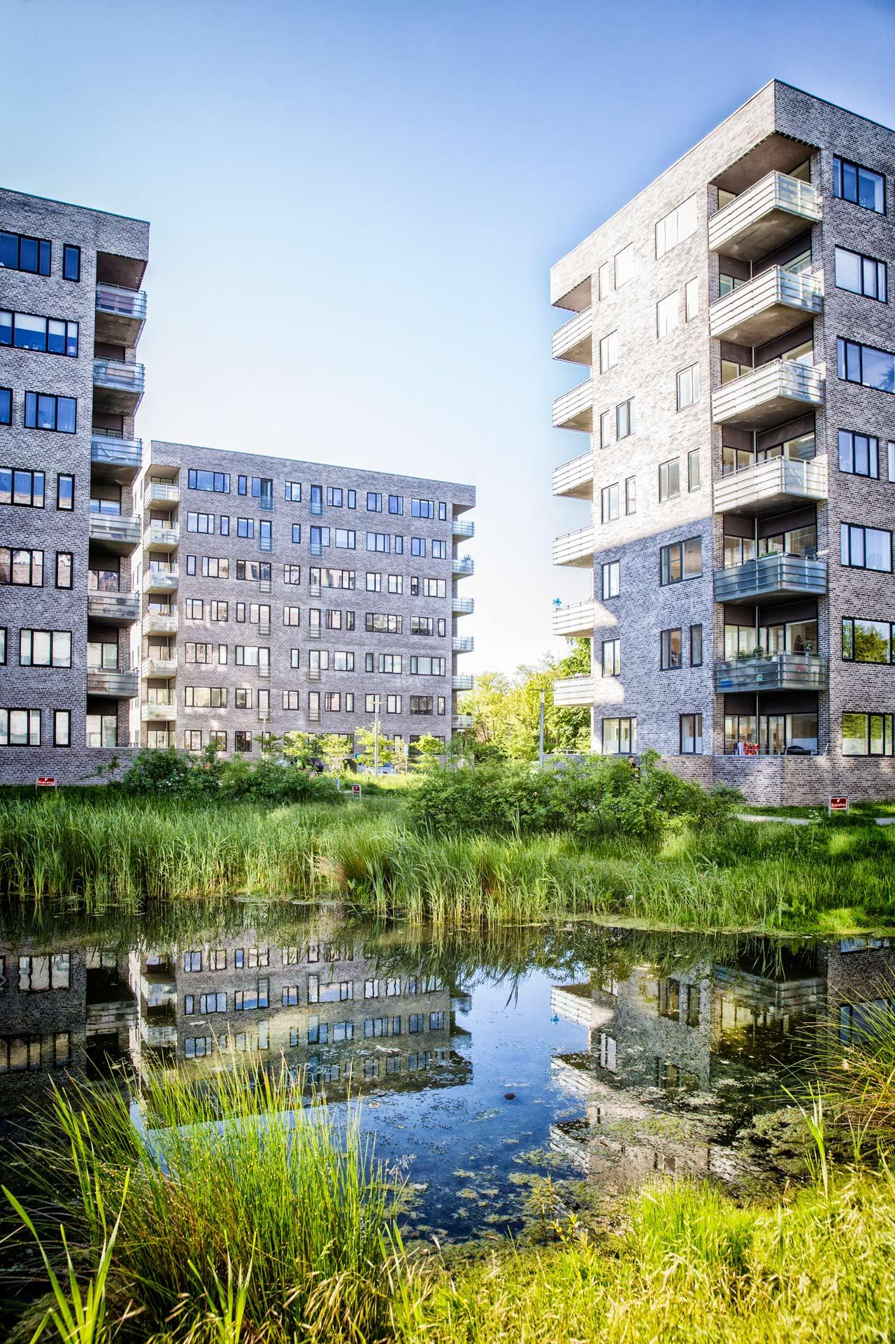 Gyngemose Parkvej, Søborg, højhus, lejelighed, altan, sø, husleje, airbnb, arkitekturfotograf, København