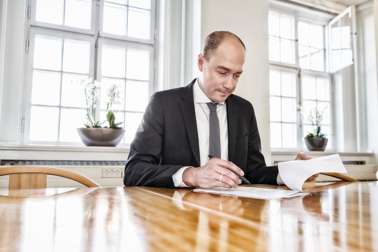 Magnus Heunicke, erhvervsportrat, kontor, minister, socialdemorkratiet